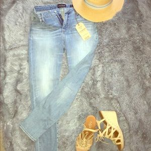 Lucky brand Hayden skinny jeans NWT 🏷 🔥